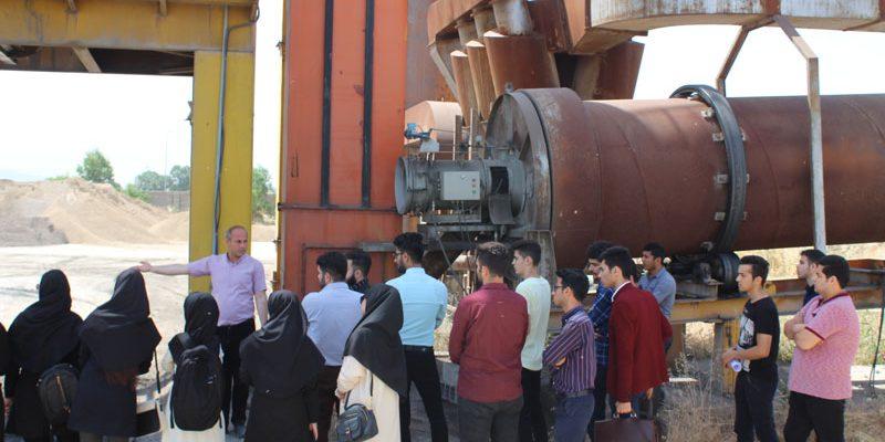 بازدید دانشجویان مهندسی عمران از کارخانه آسفالت و پروژه های راه سازی گنبدکاووس