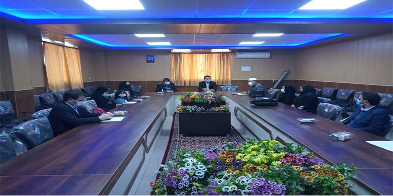 جلسه هم اندیشی شورای گروه حقوق با دانشجویان رشته حقوق در تاریخ ۱۳۹۹/۱۲/۵ بمناسبت روز وکیل مدافع در تالار اجتماعات دانشگاه شمس گنبد کاووس برگزار گردید